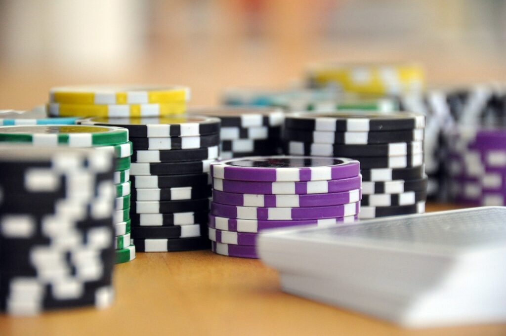 CFDs and Binary Options - Gambling or Investing?