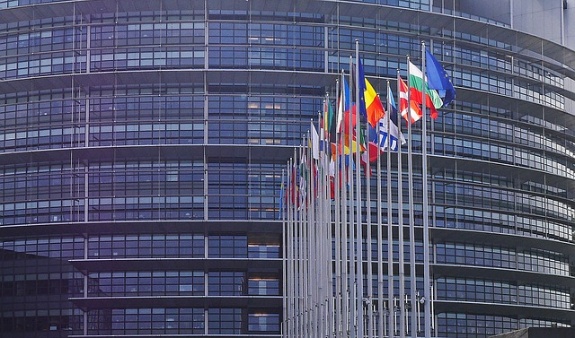 european-parliament-1274765_640