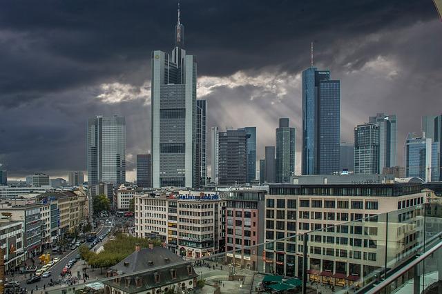 frankfurt-982169_640